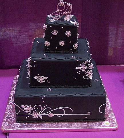 Black Bridesmaid Dress on Black Wedding Dresses And Black Wedding Cakes   Weddings On The French