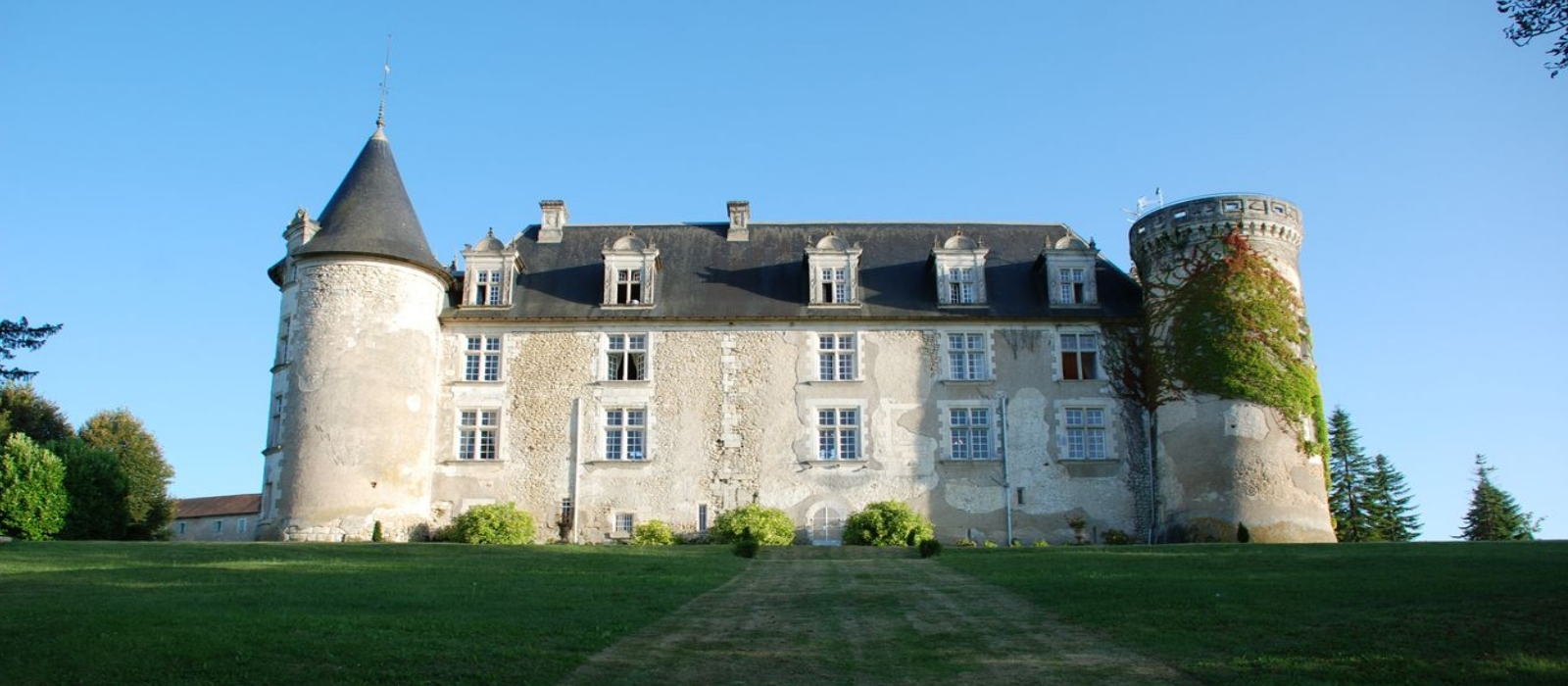 wedding venue southwest france  castle weddings abroad experts 14