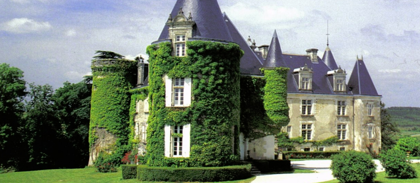 french castles This is a list of castles in france, arranged by region and department notes  the french word château has a wider meaning than the english castle: it  includes.